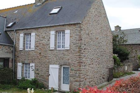 Chez Gwen - Auderville - บ้าน
