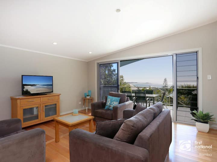 Angourie Blue 1 - Great Ocean Views
