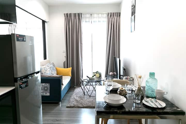 Long-term rental at The Rich Sathorn-Taksin