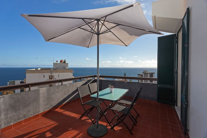 Casa Branca II, stunning balcony views - Funchal - Appartement