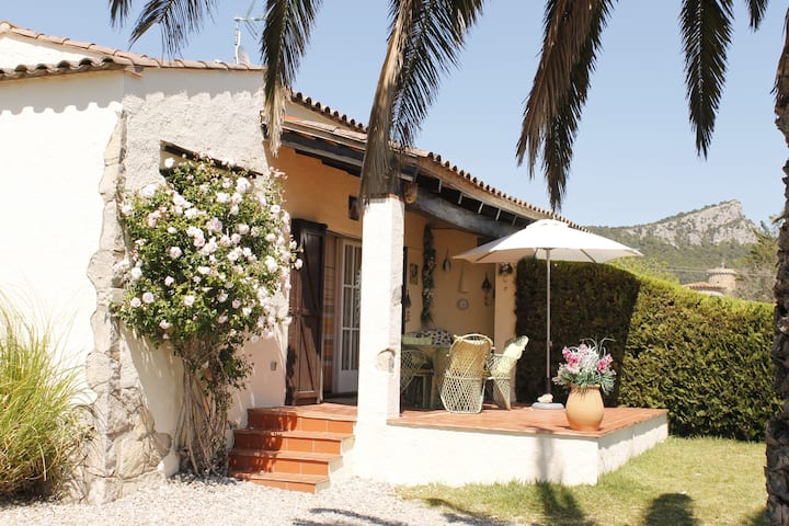 Well maintained bungalow in Torre Gran