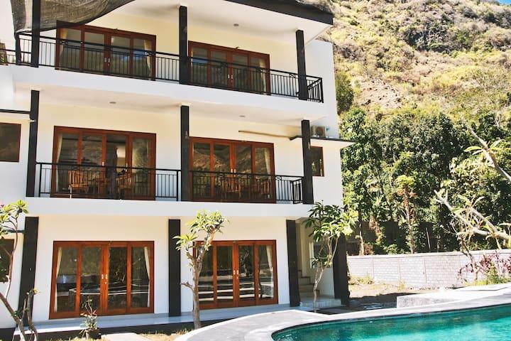 Villa with kitchen