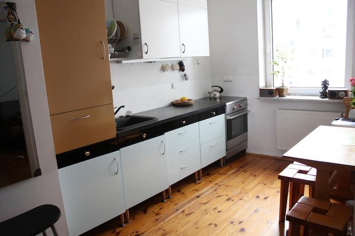 Duże mieszkanie (two separate rooms)
