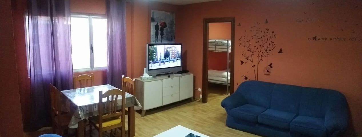 Flat for rent. 3 rooms 2 bathrooms - trobajo del camino - Apartment