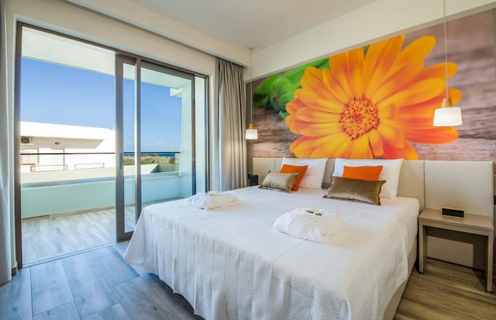 Incognito Creta Luxury Suites and More - Calendula