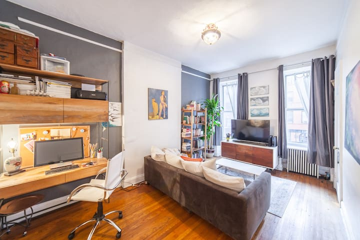 Fun Spacious Midtown Apt near U.N. & Central Park