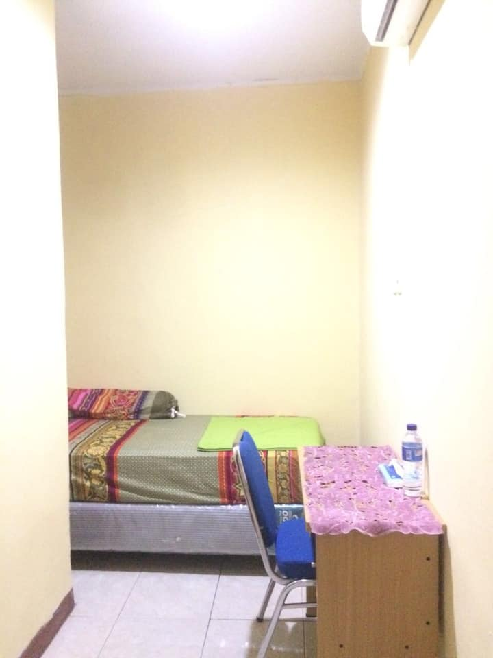 Private Room for Woman