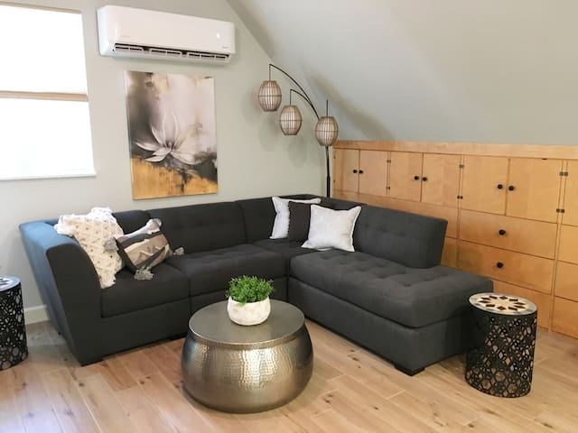 Woodland Serenity Tree House Suite