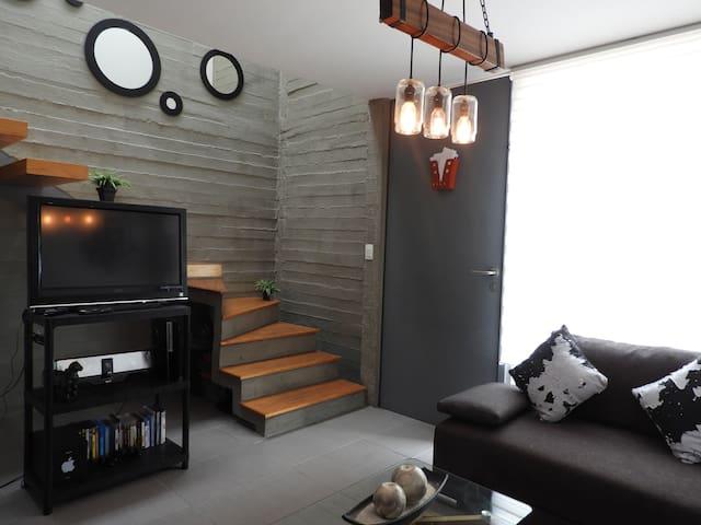 Casa Minimalista en Fracc Privado en la Mejor Zona