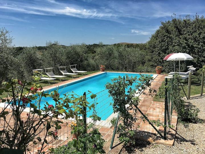 Pasqui Villas: Tribbio 3BDR,private pool,WiFi
