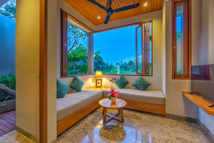 Ubud 1BR Villa with Breakfast and Ricefield View
