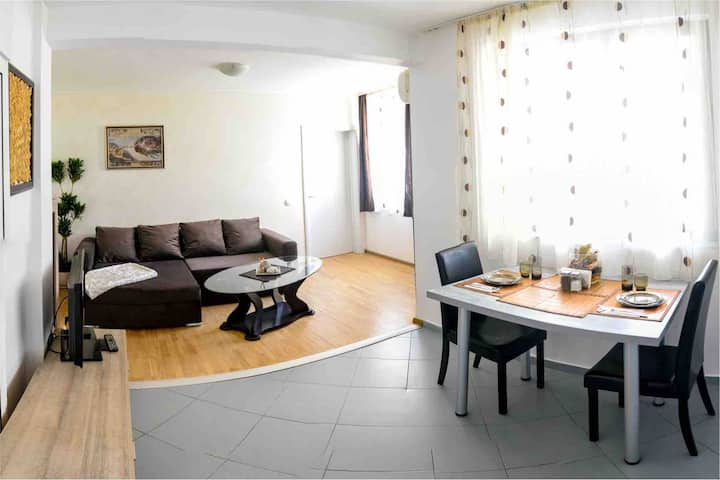 Charming Apartment  Near to City Centre