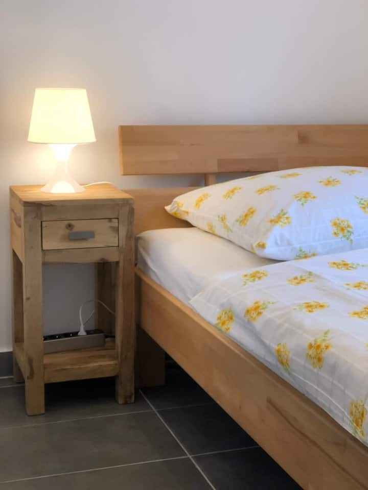 Private Room - Flörsheim near Frankfurt