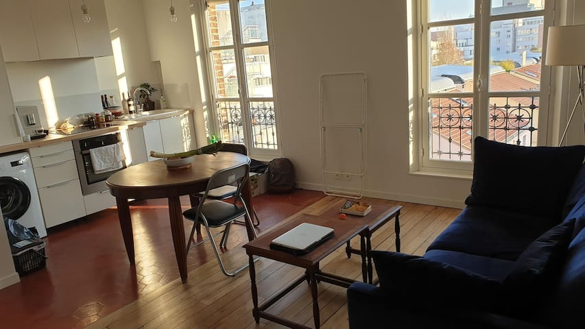 Cozy flat next to the Buttes Chaumont !