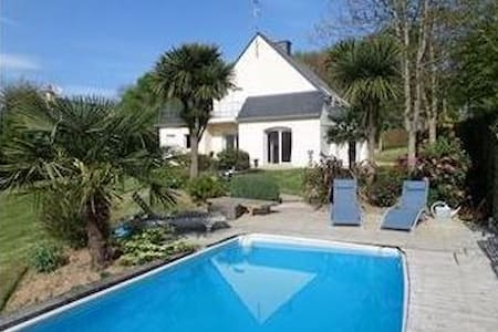 Britain sud.Belle south house pool. - Languidic