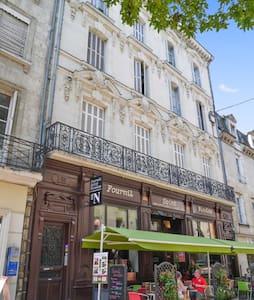 Appartement spacieux et central - Saumur