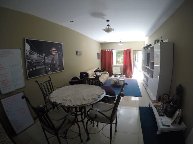 Private Room in fully equipped stylish  apartment - Santo Domingo - Apartmen
