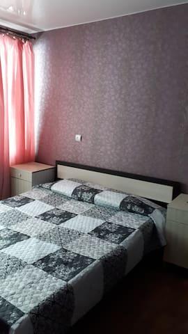 Чистая и уютная квартира ждет Вас!