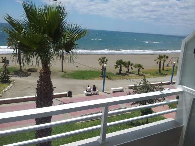 amazing apartment on the beach Malaga - Rincón de la Victoria - Apartemen