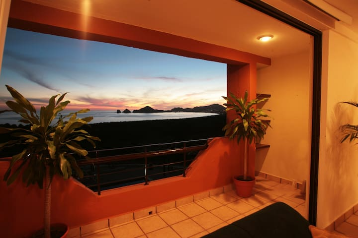 Cabo San Lucas Condo Ocean and the Arch view
