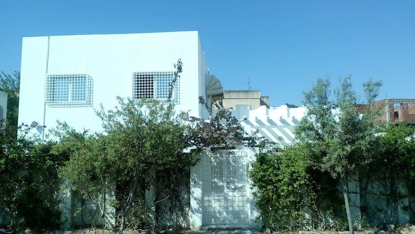 Maison Menzah 9 - Tunis - Rumah