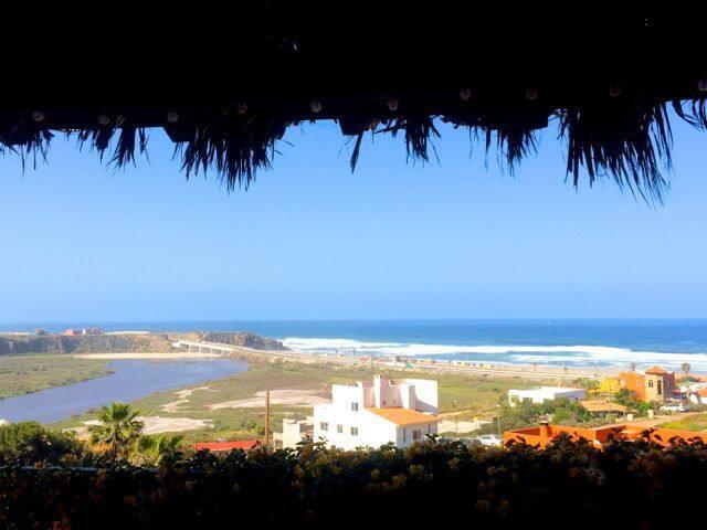 GREAT WIDE-ANGLE OCEAN VIEWS, EASY WALK TO BEACH - La Misión