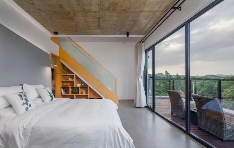 莫干山云溪一LOFT复式家庭双床房/设计最任性/双大阳台/全屋地暖