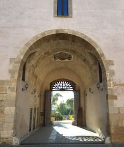 Policoro affittasi alloggio in dimora storica - Policoro - Wohnung