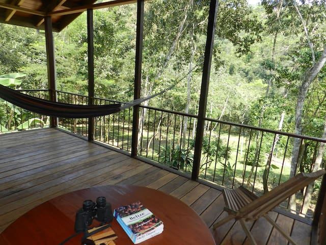 Lucky Dreamer Lodge on Macal River ~ Cristo Rey - Cristo Rey - Srub