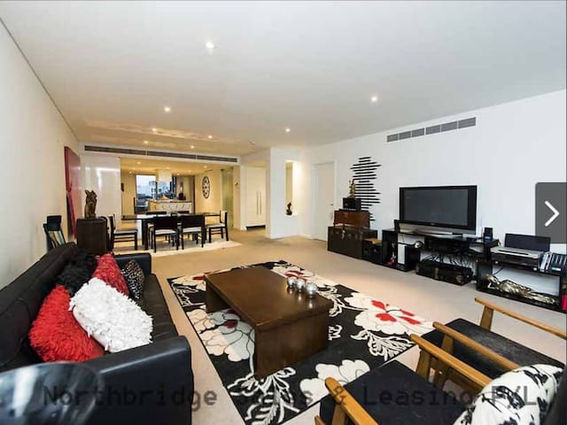 Stunning PENTHOUSE apartment. - Burswood - Apartamento