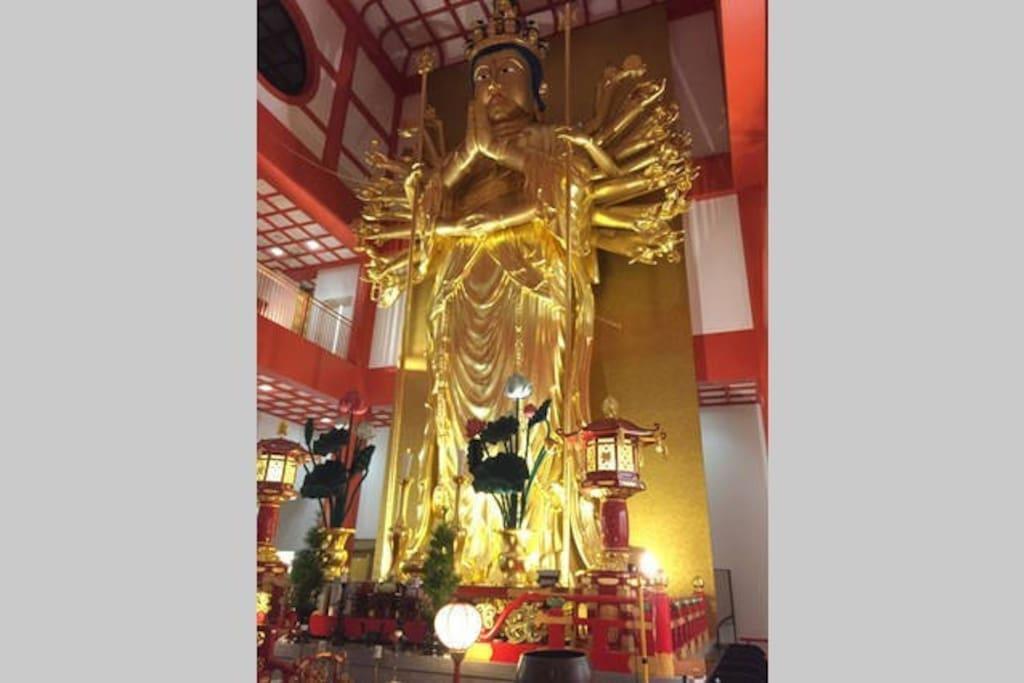 紀三井寺  Kimiidera temple 日本一の金箔千手観音像