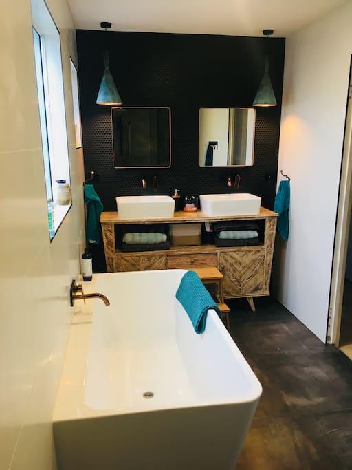 Brand new bathrooms!