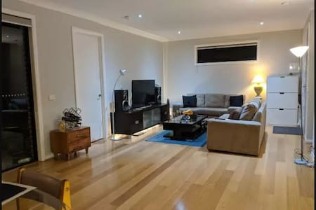 Close to university, Close to market