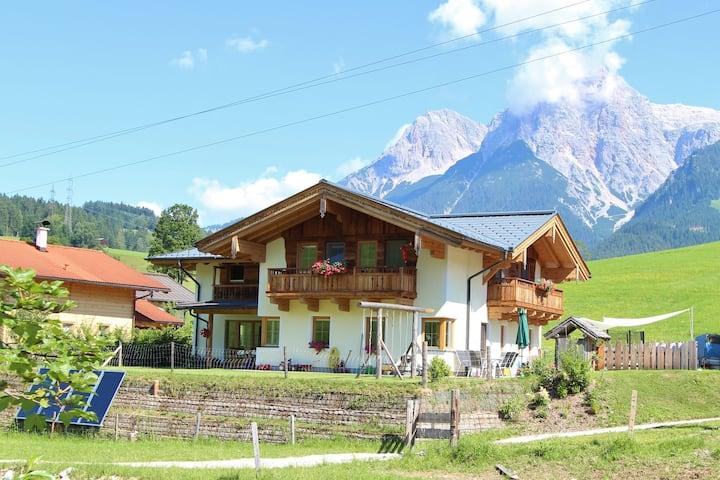 Schöne Ferienwohnung in Maria Alm in Skigebietsnähe
