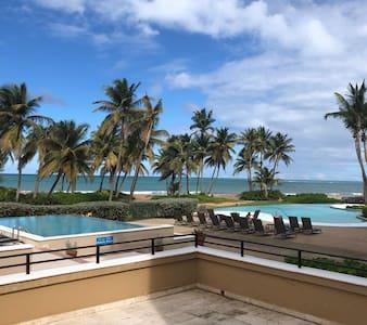 Beachfront Lux Apartment Extra Parking Resort Golf