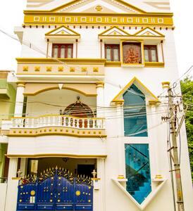 A 5 Bedroom fully furnished Duplex Star Villa