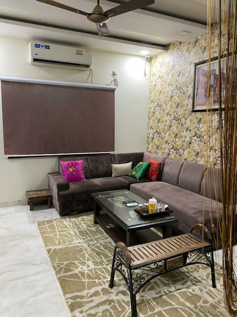 Cheerful one bedroom residential home