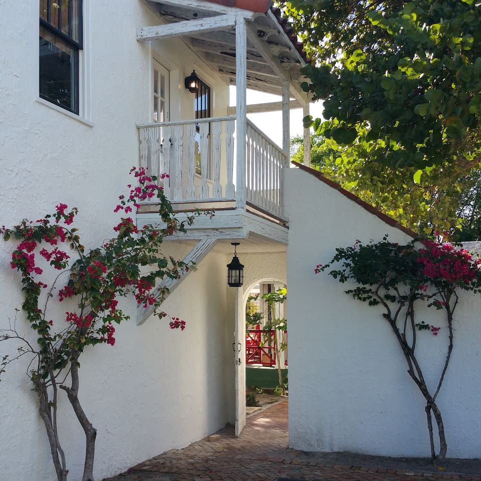 Rear entrance to the property from private parking