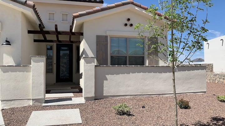 New, spacious, cozy house in El Paso
