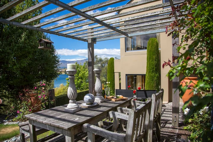 139 On Peninsula - 2 Bed Apartment - Ideal Retreat