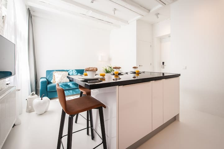 Exquisite 1 Bedroom Apartment at Yays Zoutkeetsgracht in one of the charming neighbourhoods