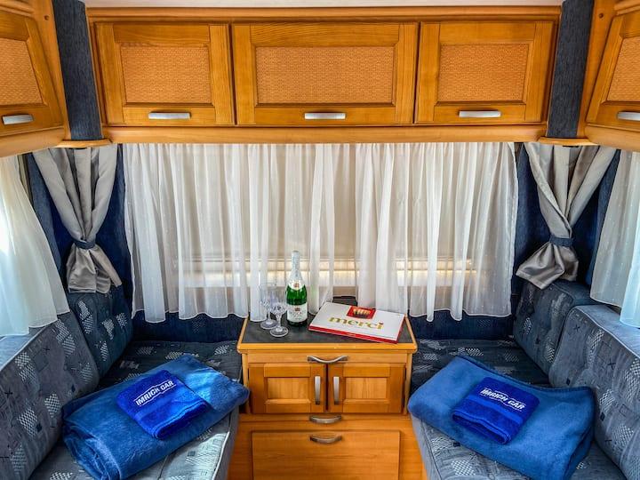 Karavan LMC Dominant 480 TUL