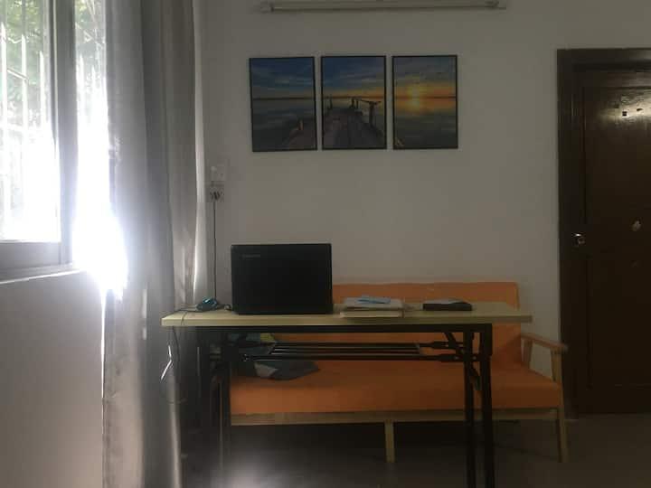 精装修4房单身公寓