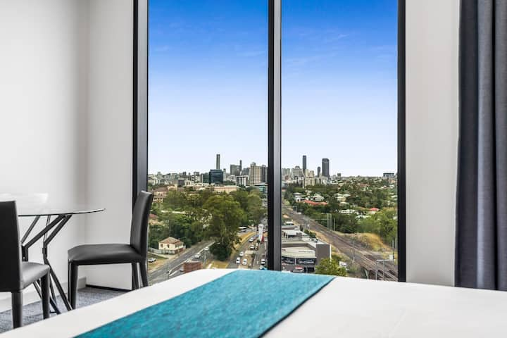Studio City View Suite