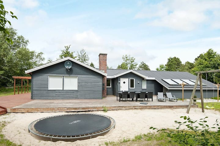 Picturesque Holiday Home in Rømø With Sauna