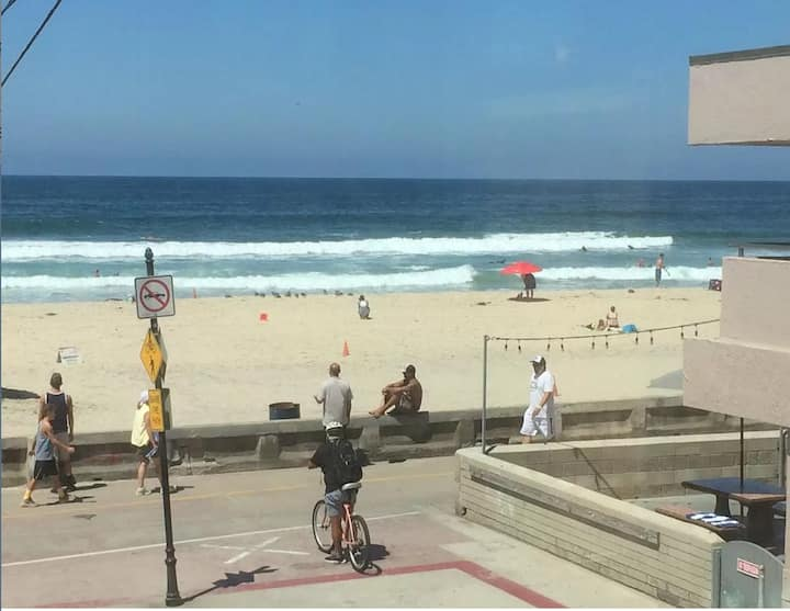 Great Mission Beach Location Views! AC/Spa/Parking