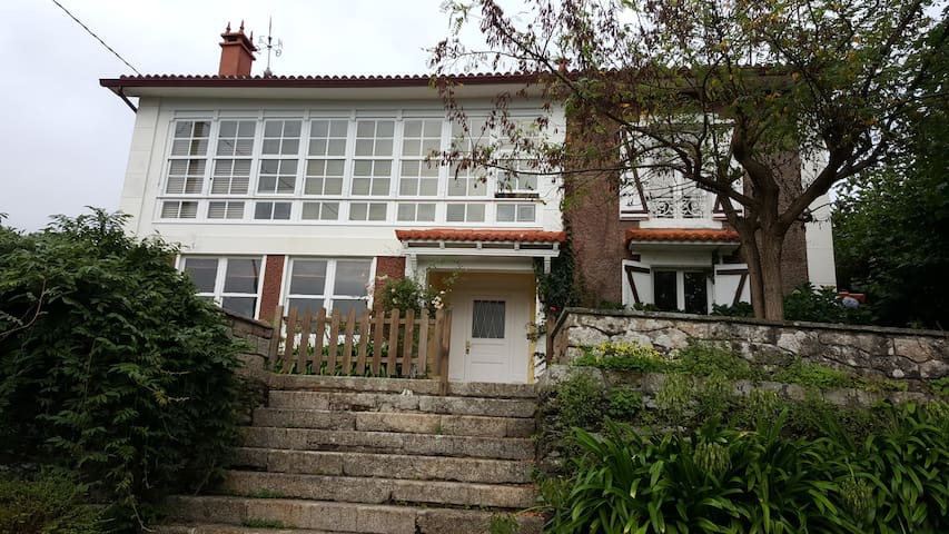 Casa Lissarrague -  Alquiler completo 15 personas