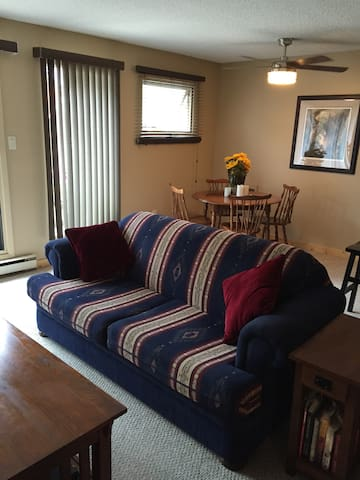 Family-friendly 2 bedrooms Townhouse in Horsetheif