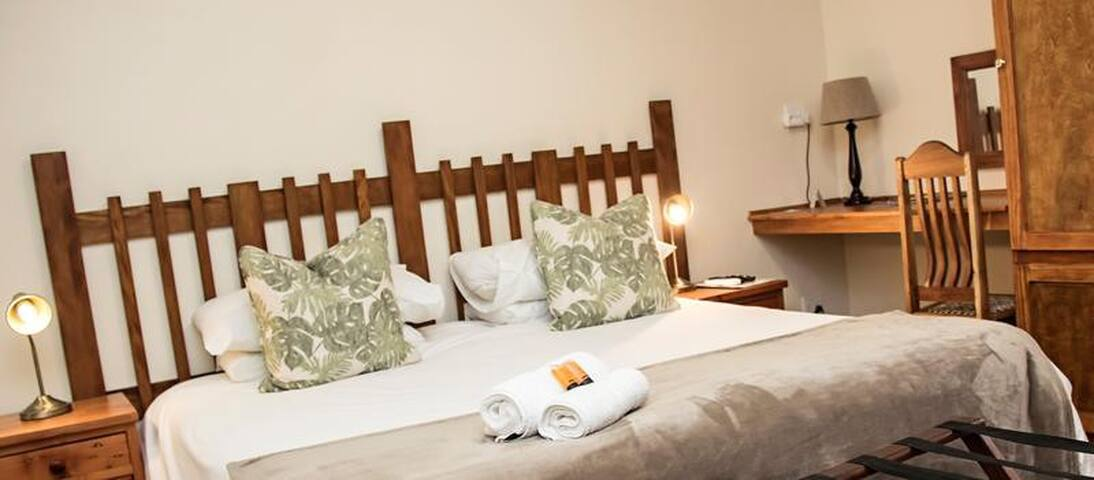 Matoppo Guest House**** Queen room