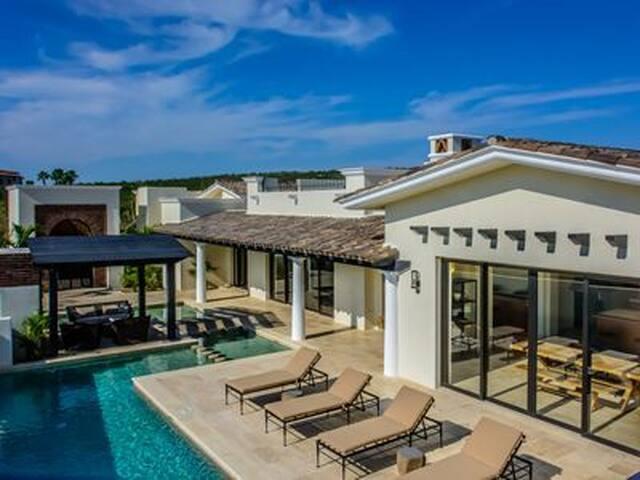 Casa Oasis Los Cabos! Pool, Golf and beach club!